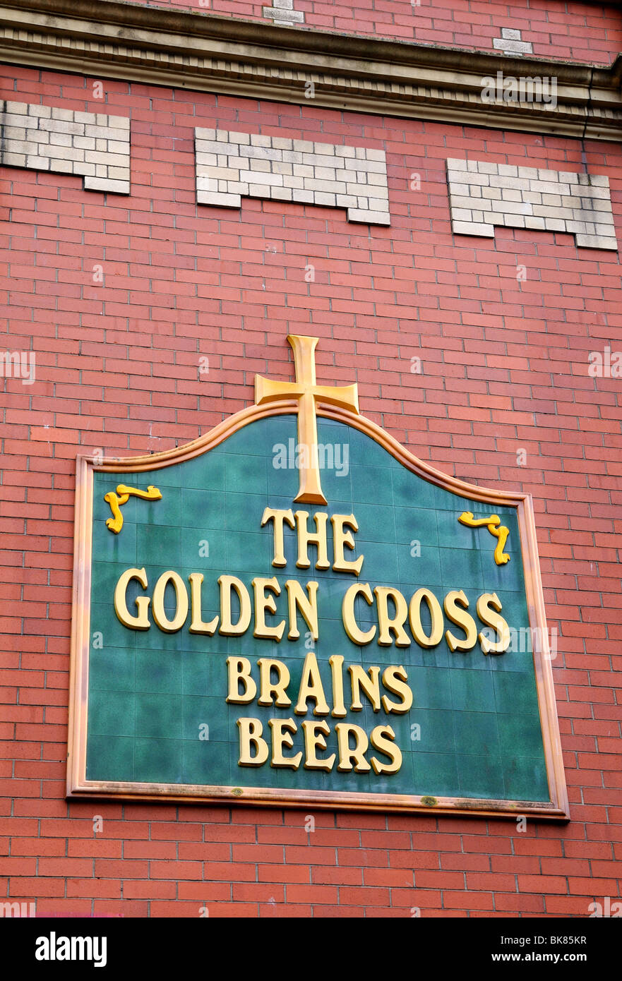 Old  logo for Brains beer on The Golden Cross public house Cardiff - Stock Image