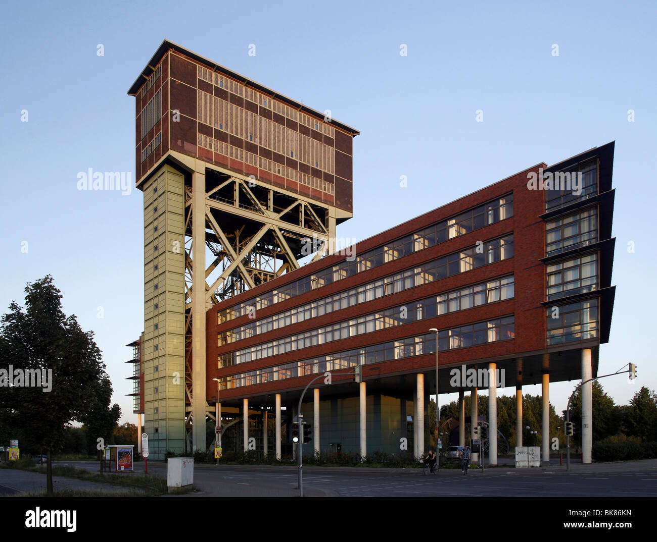 Hammerhead tower of the former Zeche Minister Stein mine, today office building and service center, Dortmund, North - Stock Image