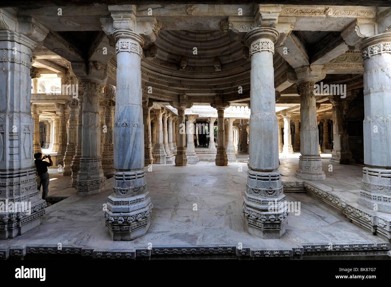 Seth Anandji Kalayanji Pedhi, Jain temple complex, Adinatha Temple, portico, Ranakpur, Rajasthan, North India, India, - Stock Image