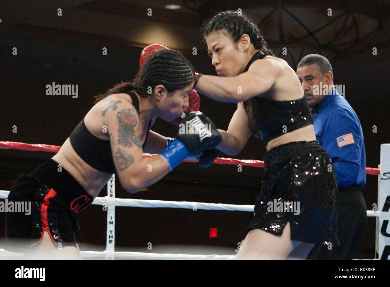 Chika Nakamura vs Gloria Ramirez 12/17/09 - Stock Image