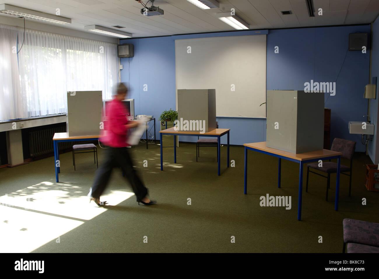 Bundestag elections, polling station in Koblenz-Luetzel, Koblenz, Rhineland-Palatinate, Germany, Europe - Stock Image