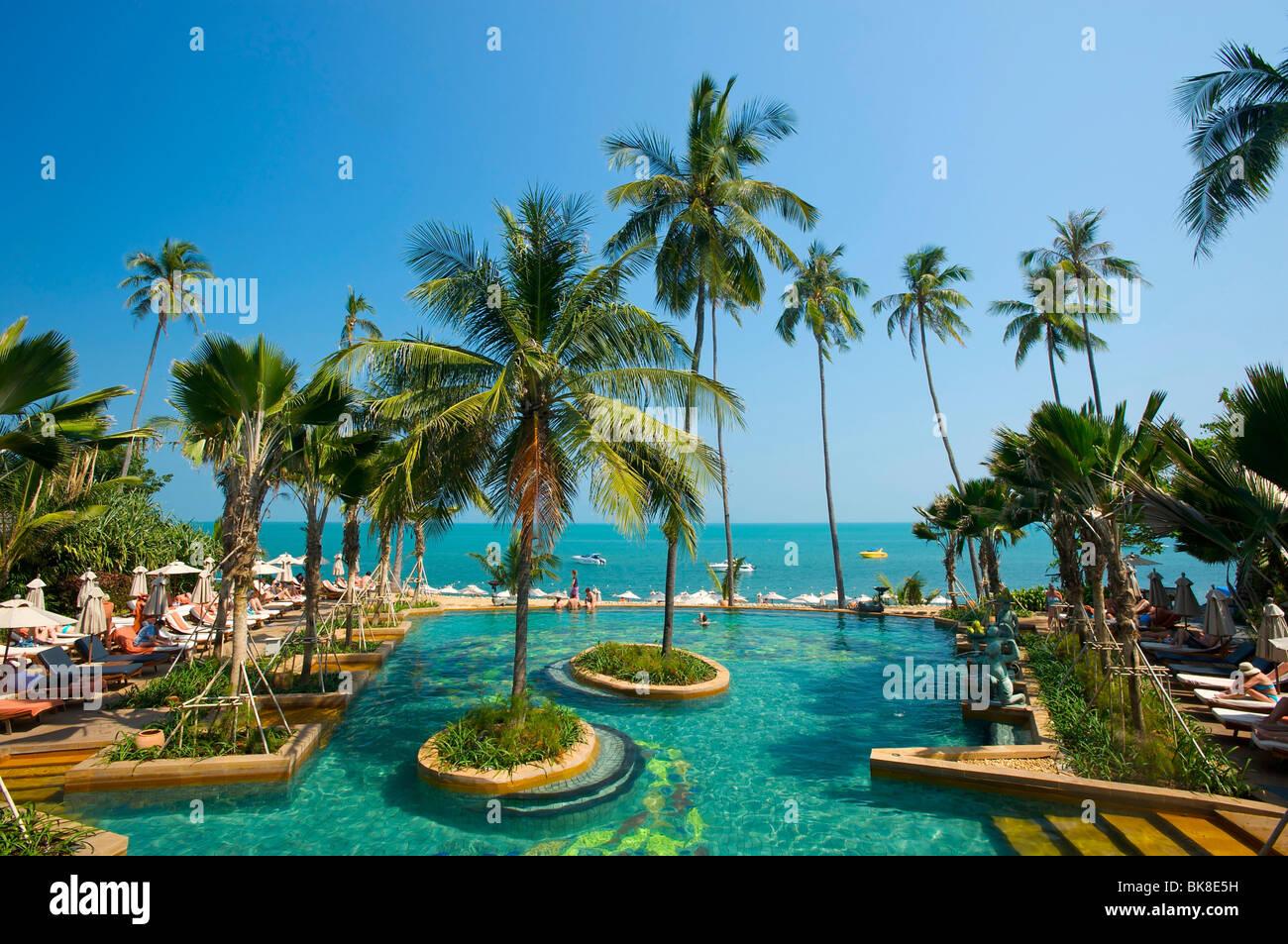 Maenam Beach Hotels