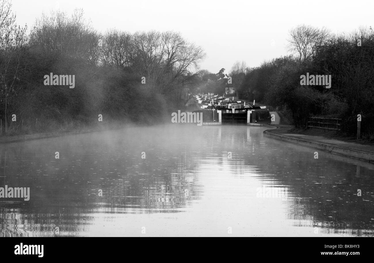 Misty morning at Hatton Locks on the Grand Union Canal, Warwickshire - Stock Image