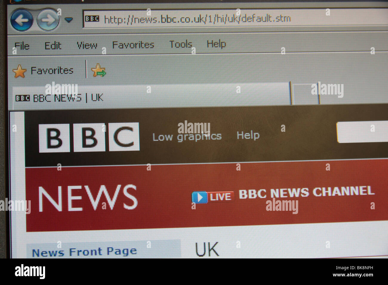 Screen shot of the BBC News web site i=using the explorer web browser. - Stock Image