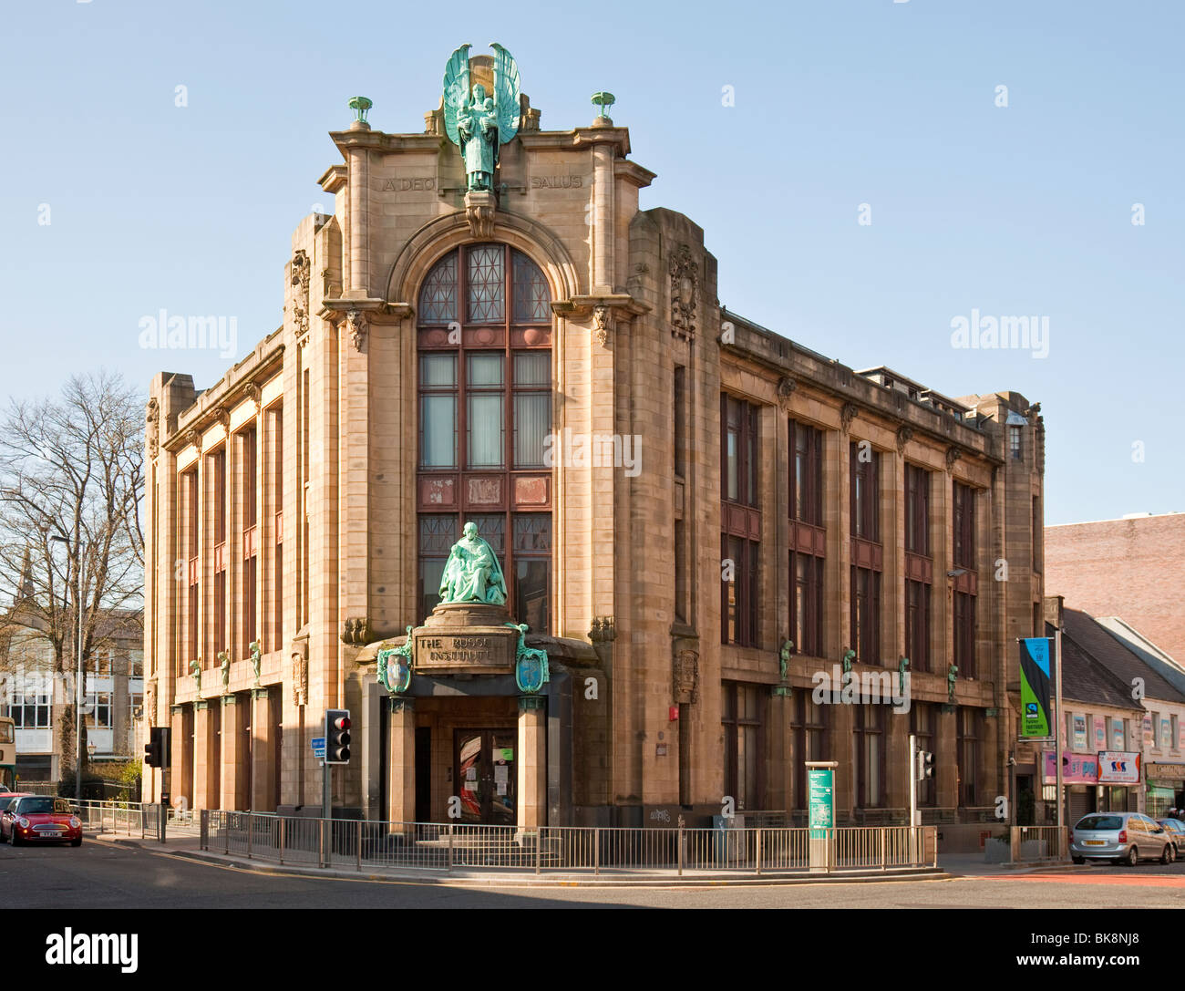 The Russell Institute which was opened in 1927 as a child welfare clinic and is still used as such. architect: J. - Stock Image