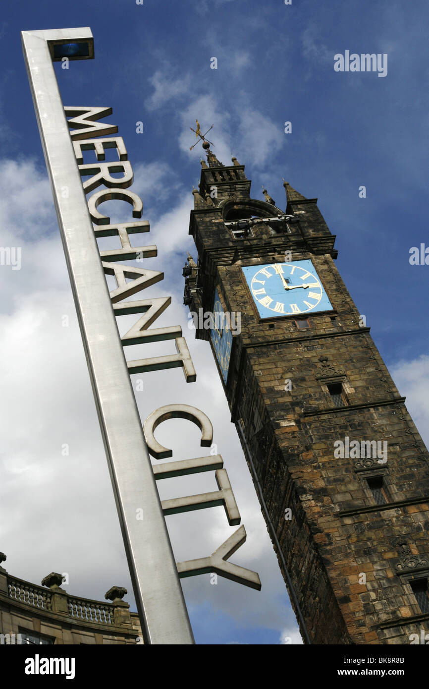 Merchant City Sign & Tolbooth Steeple, Glasgow, Scotland - Stock Image