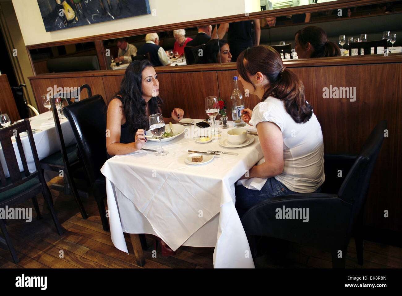 Two Fat Ladies Restaurant, Glasgow, Scotland Stock Photo