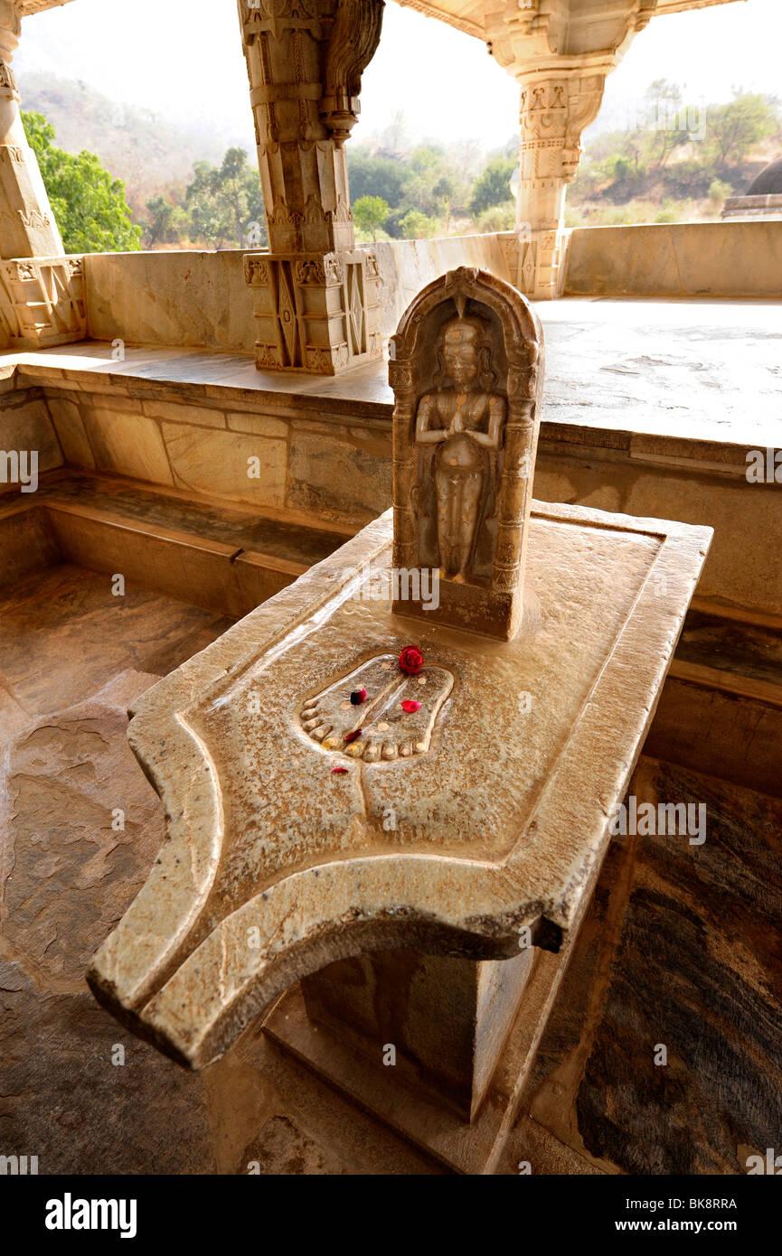 Seth Anandji Kalayanji Pedhi, Jain temple complex, altar in Adinatha Temple, Ranakpur, Rajasthan, North India, India, - Stock Image