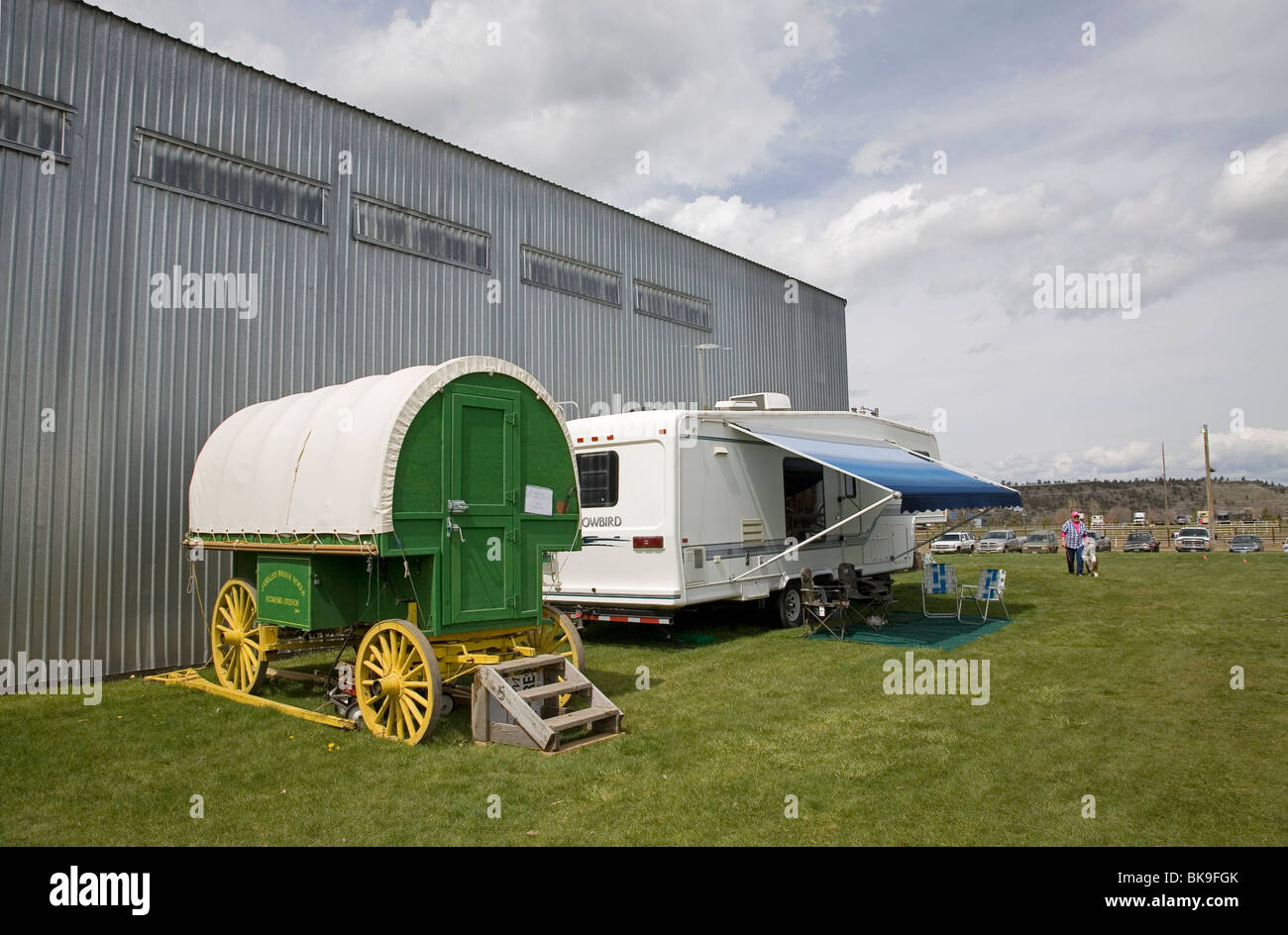 Rving then and now. A Basque sheep herder's wagon and a 5th wheel RV camper - Stock Image