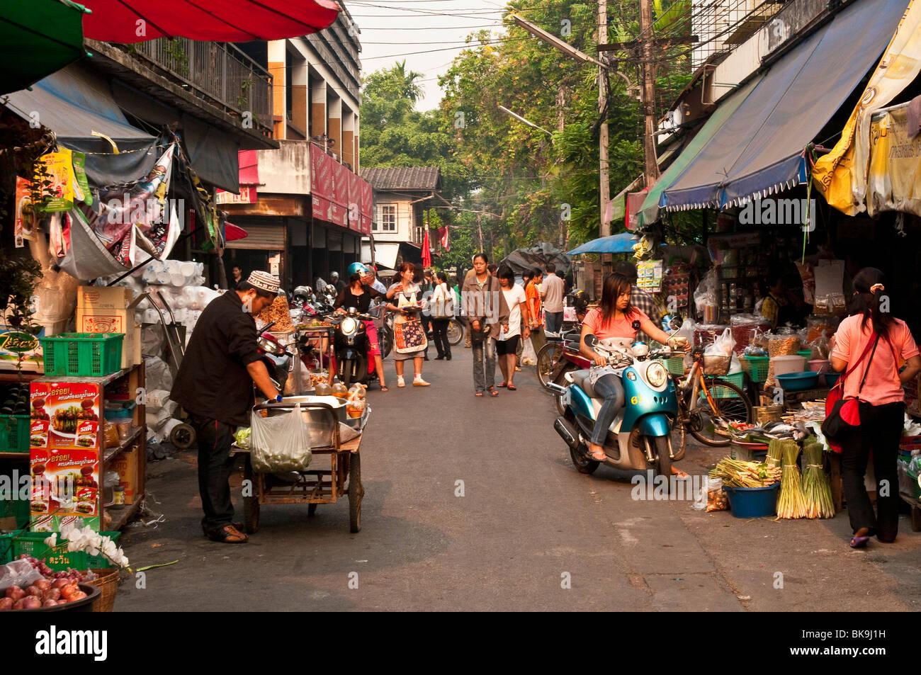 Pratu Chiang Mai Market vendors and shoppers; Chiang Mai, Thailand. - Stock Image