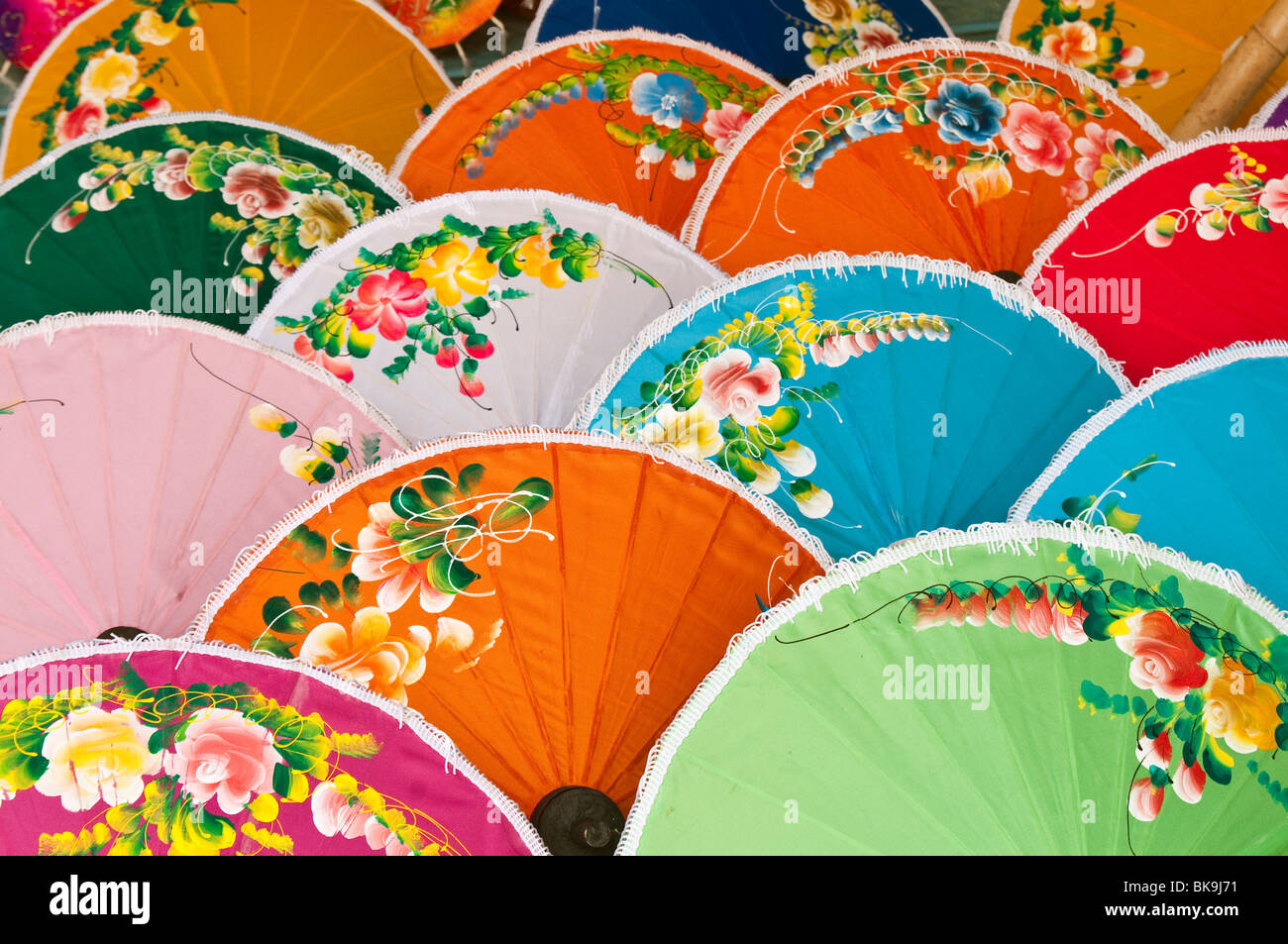 Hand-painted umbrellas for sale at The Umbrella Factory in Chiang Mai, Thailand. - Stock Image