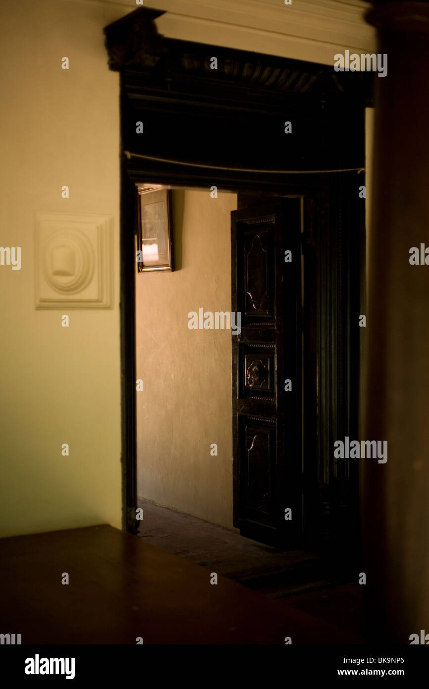 A doorway in the luxury resort of Sterling Swamimalai (now Anandham) near Swamimalai, Tamil Nadu, India - Stock Image