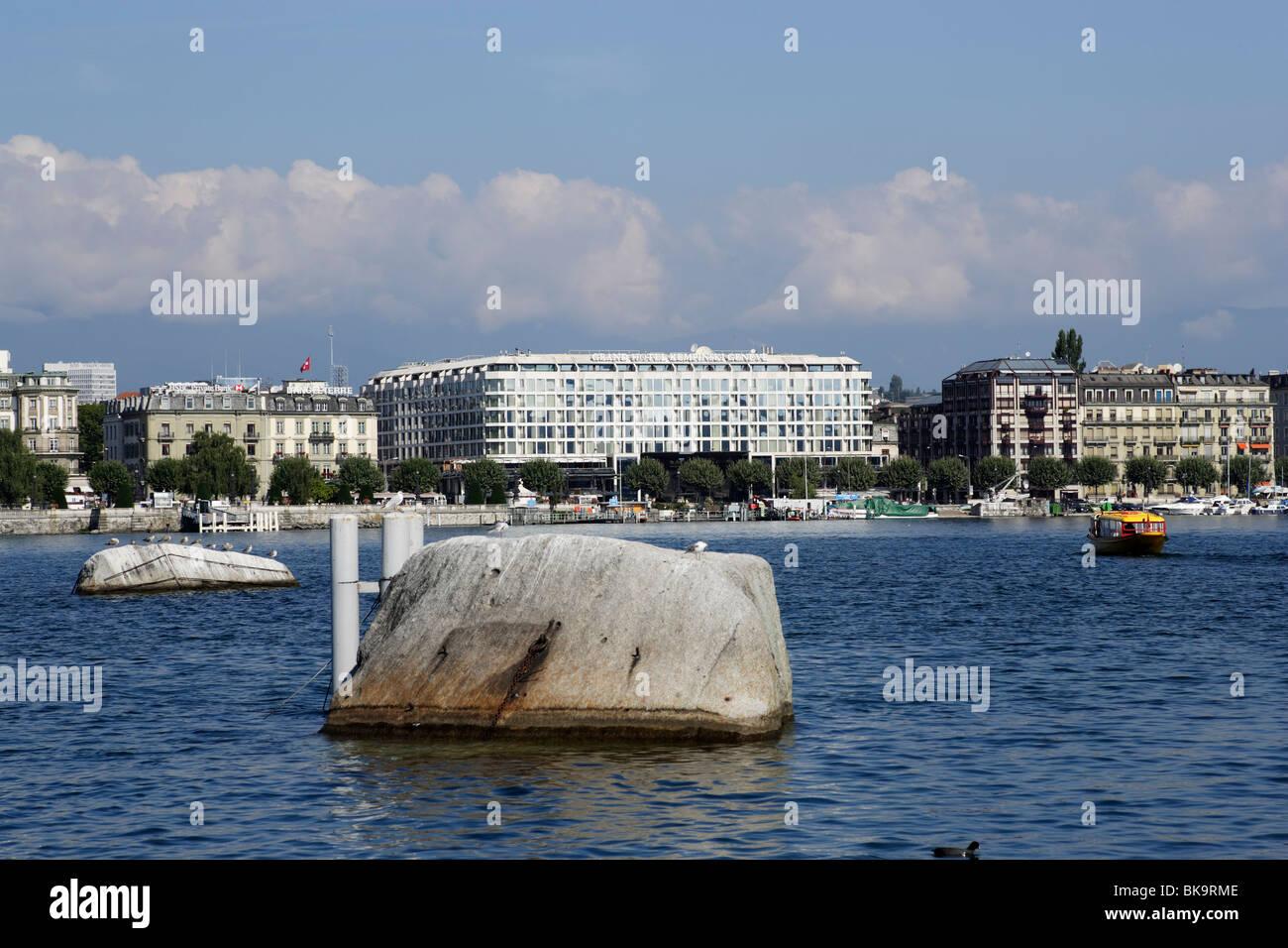 Repere Pierre du Niton in lake Geneva, Geneva, Canton of Geneva, Switzerland - Stock Image