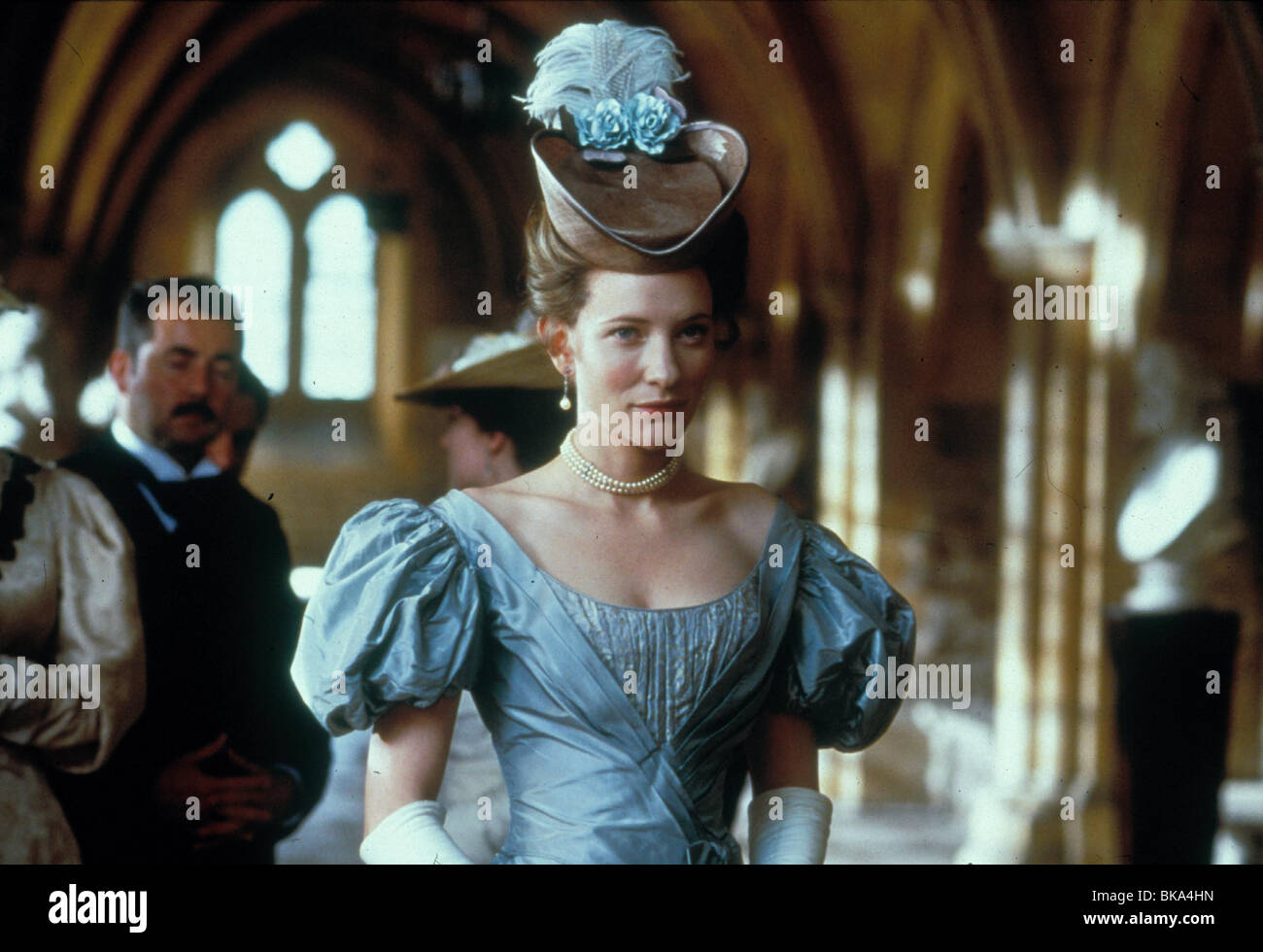 AN IDEAL HUSBAND (1999) CATE BLANCHETT AIHD 032 - Stock Image