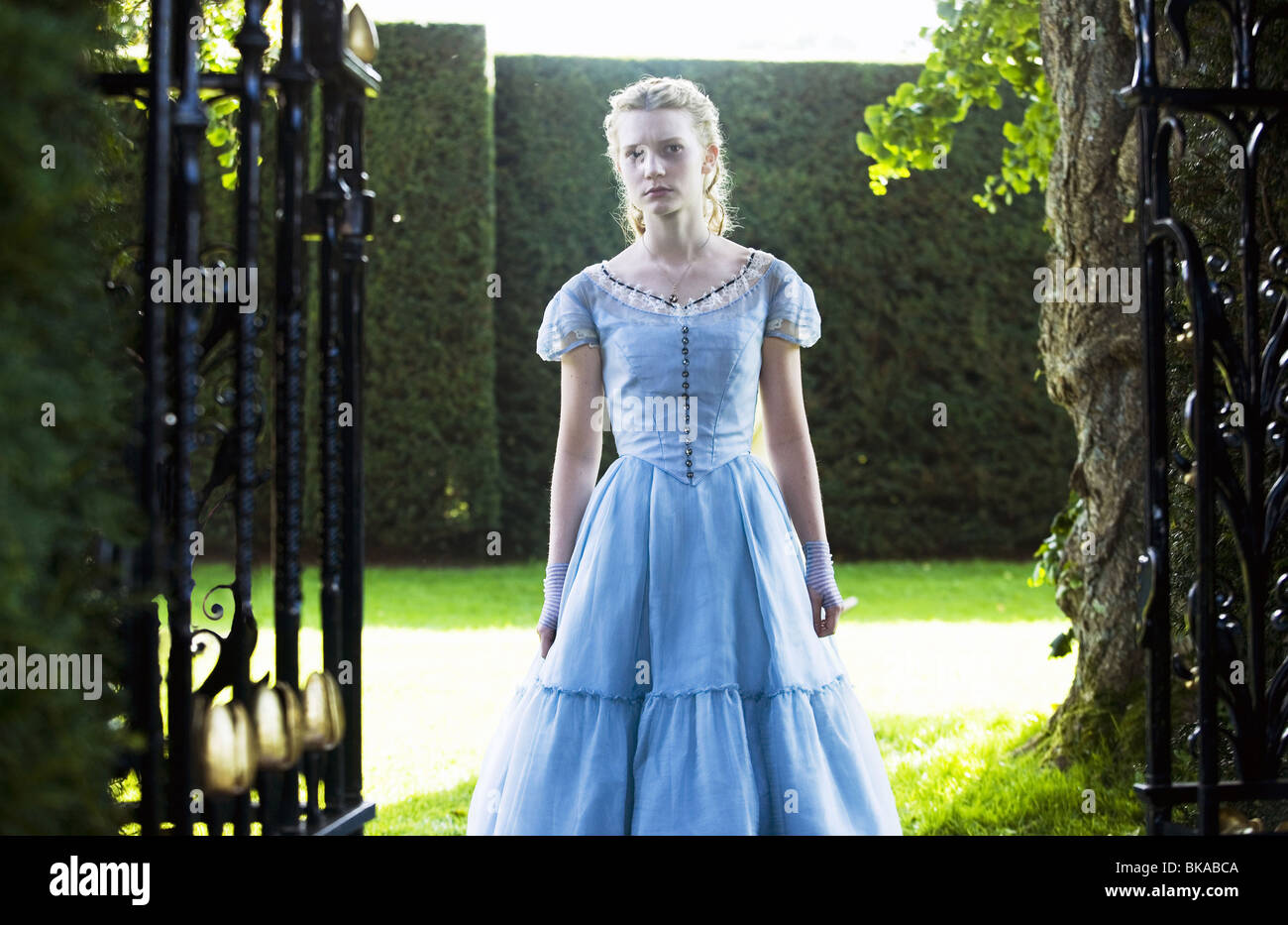 Alice in Wonderland Year: 2010 - USA Director: Tim Burton Mia Wasikowska, - Stock Image
