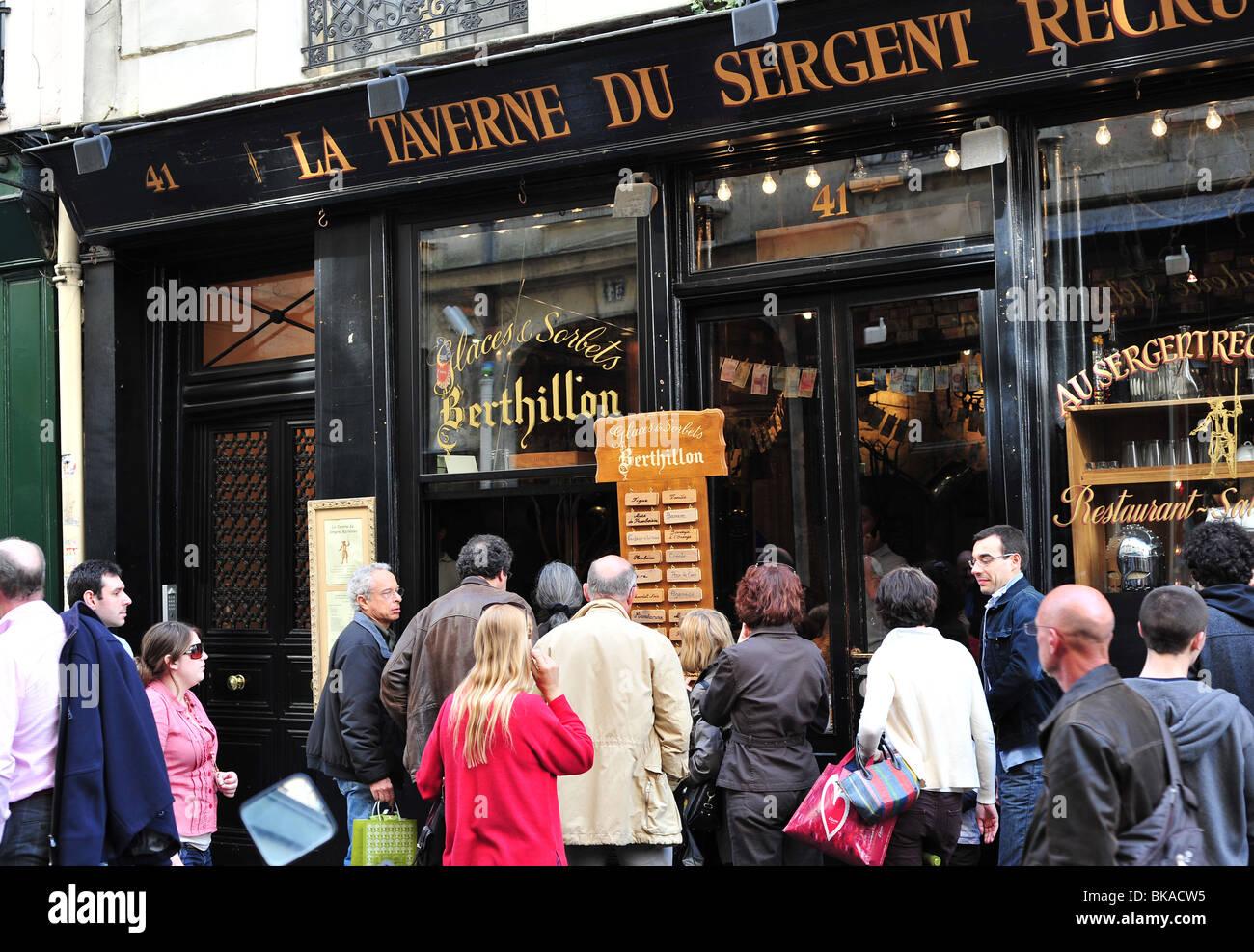 paris berthillon - famous ice cream shop in Paris in the ...