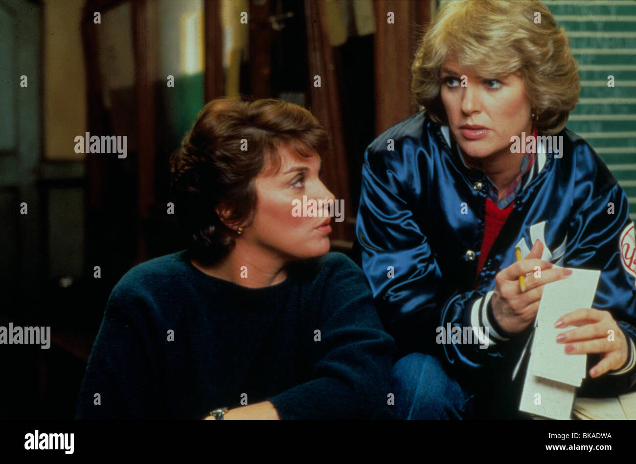 CAGNEY AND LACEY (TV) TYNE DALY, SHARON GLESS CGL 013 - Stock Image
