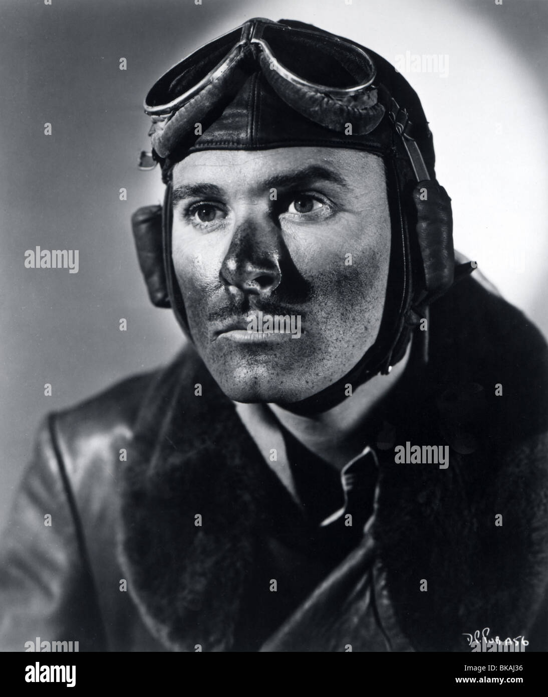 THE DAWN PATROL (1938) ERROL FLYNN DAWP 008 - Stock Image