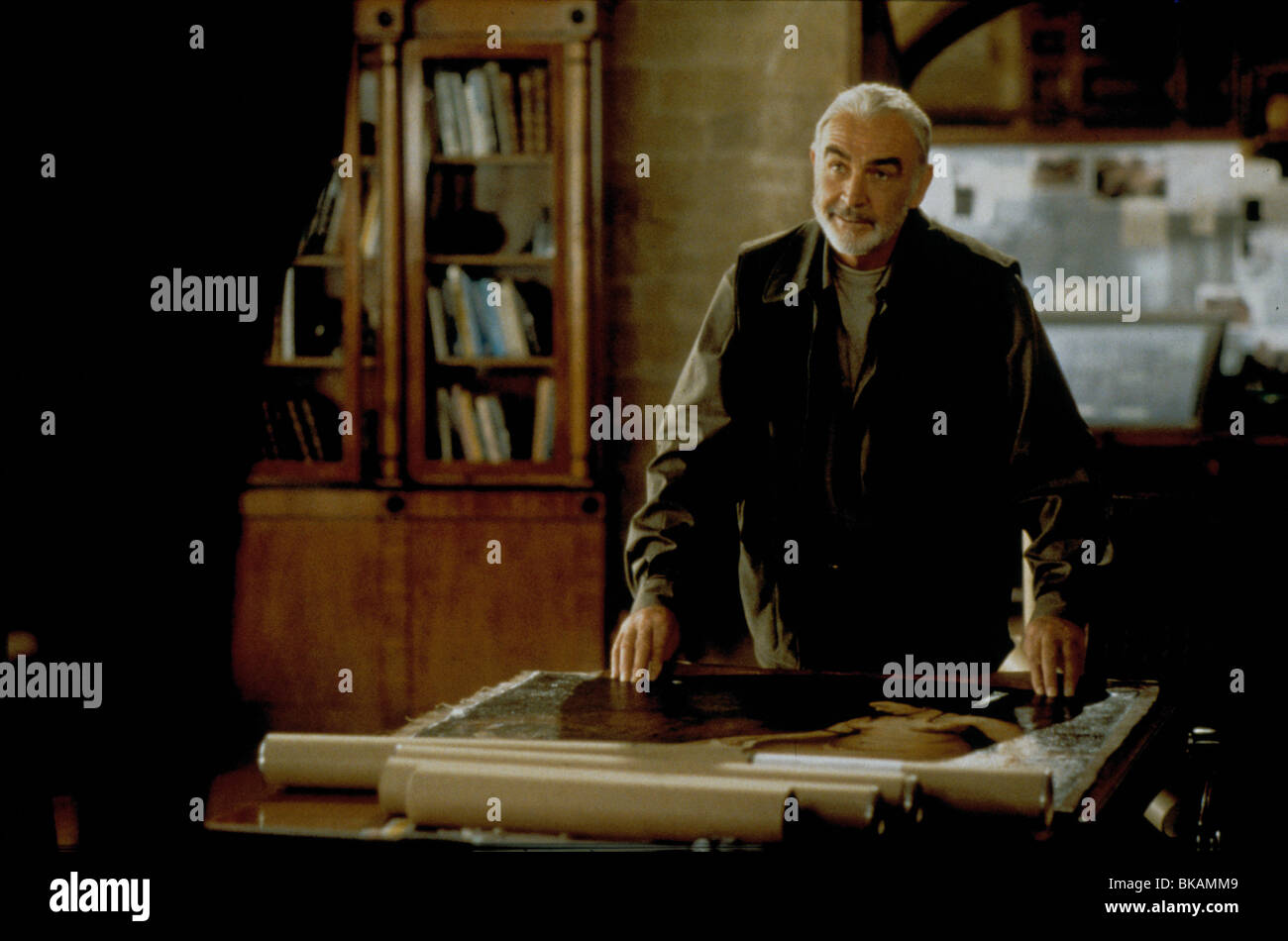 ENTRAPMENT -1999 SEAN CONNERY - Stock Image