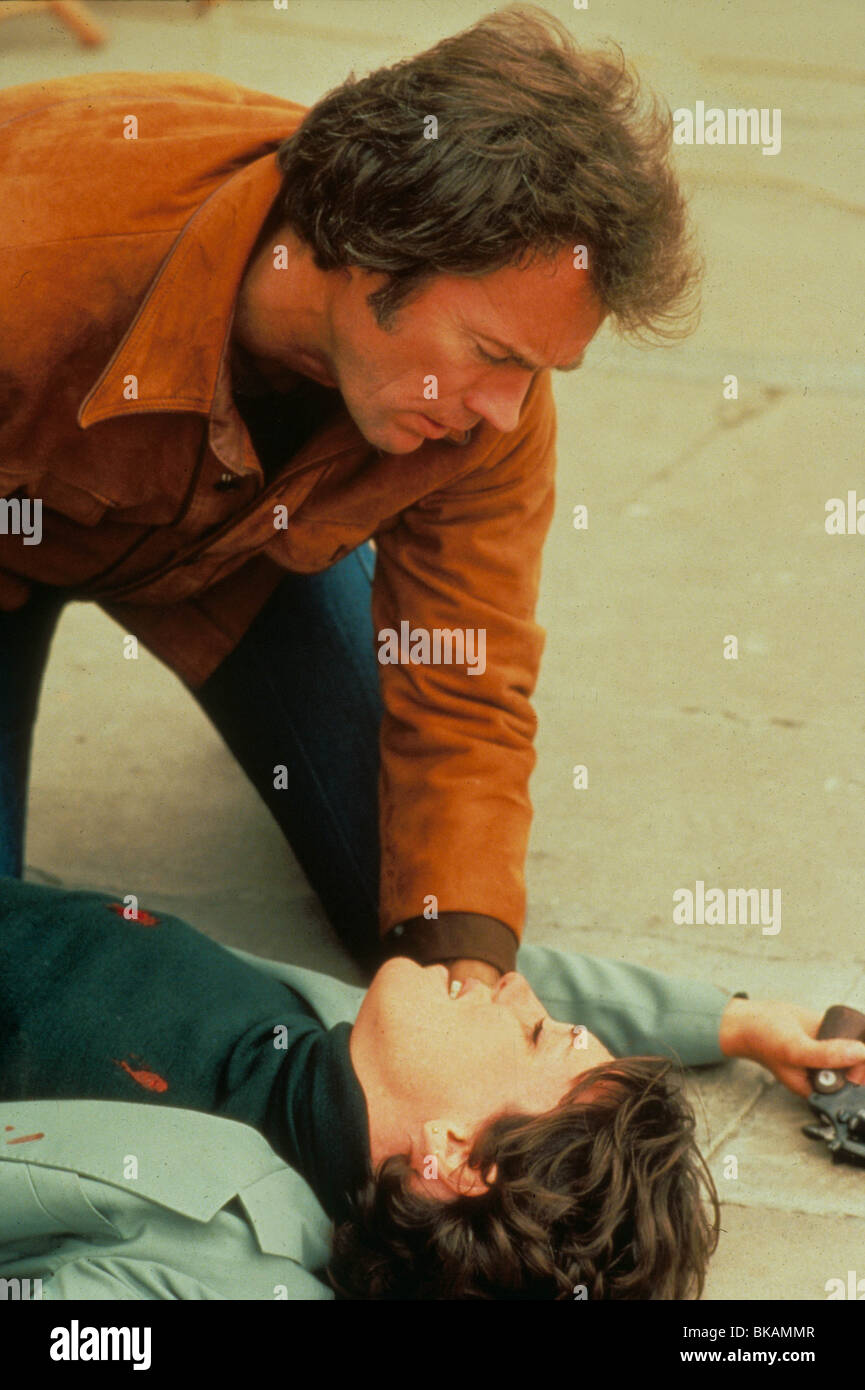 THE ENFORCER (1976) CLINT EASTWOOD, TYNE DALY ENF 001 - Stock Image