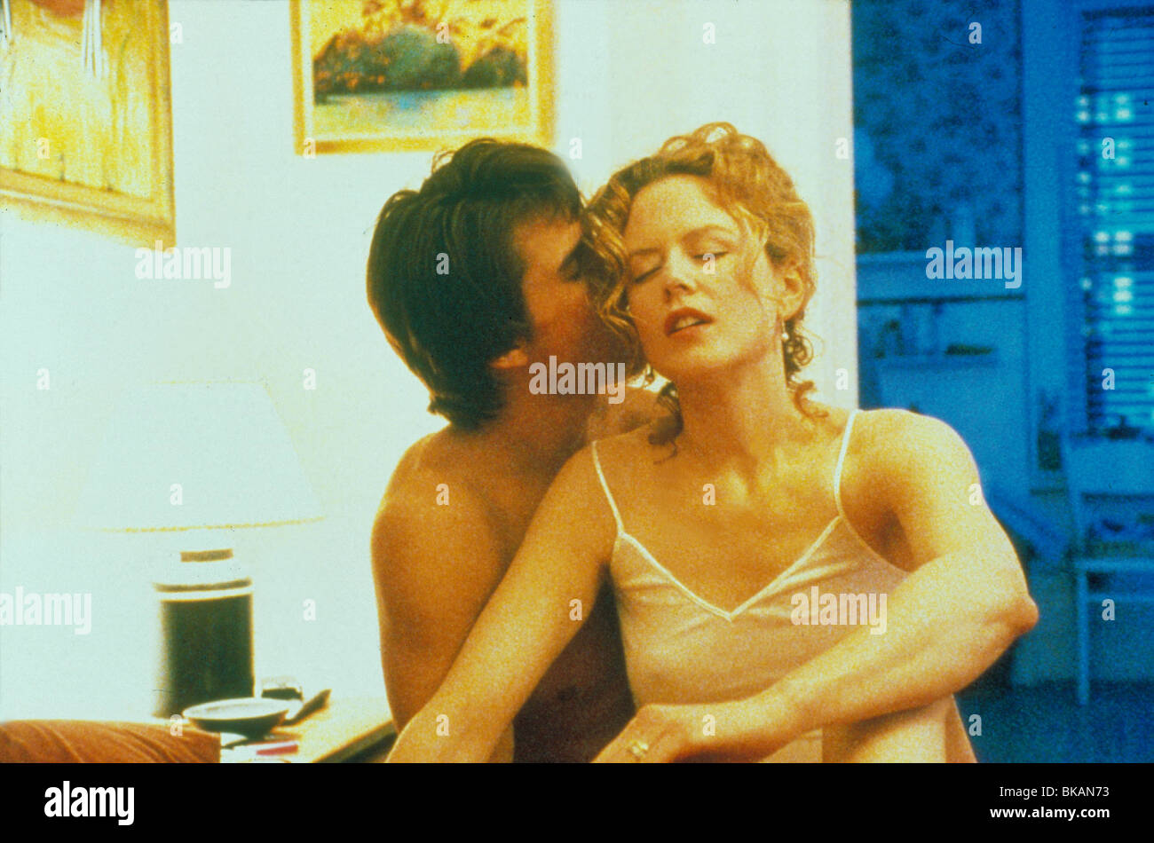 EYES WIDE SHUT (1999) TOM CRUISE, NICOLE KIDMAN EWSH 034 - Stock Image