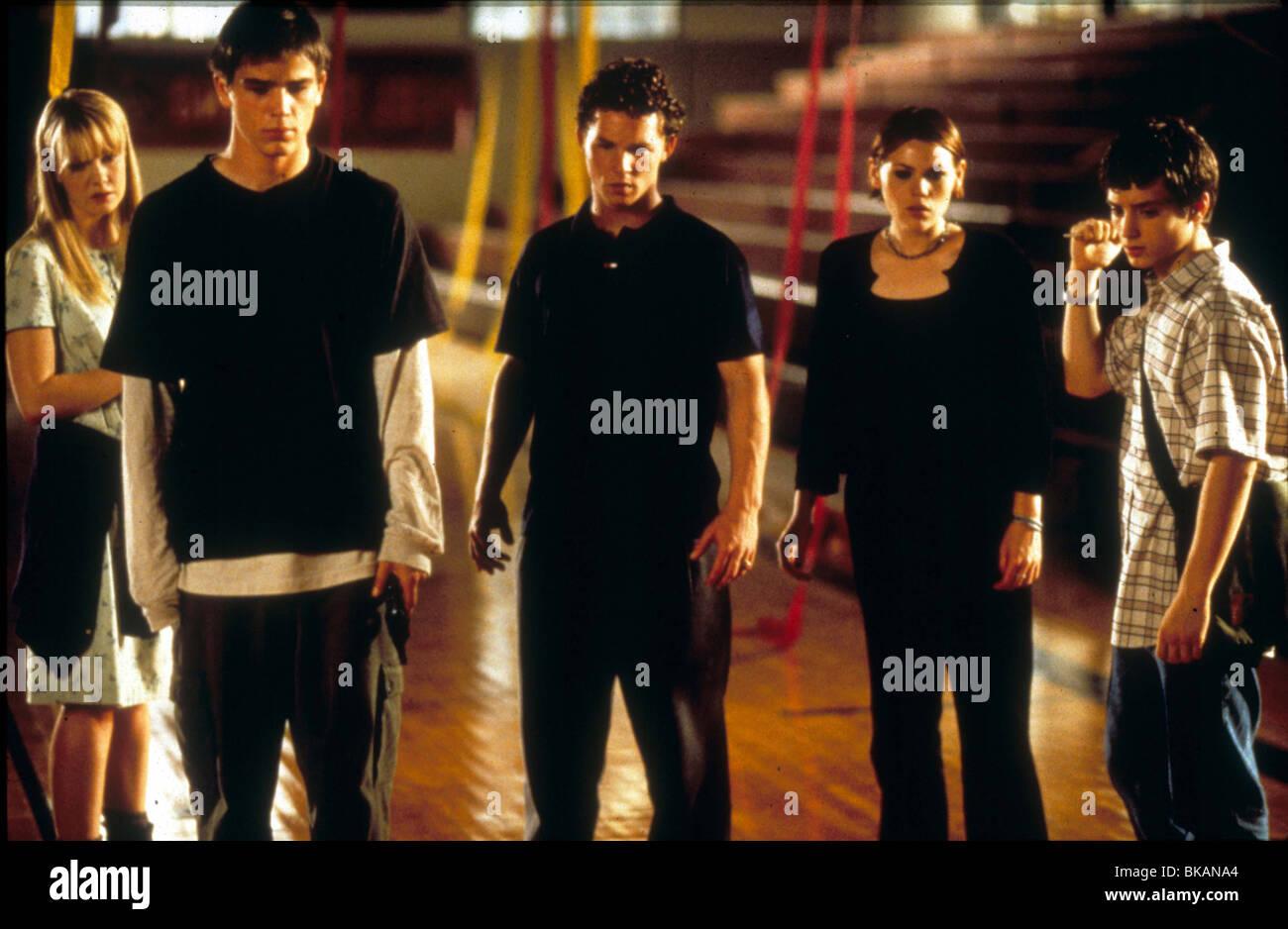 THE FACULTY (1999) LAURA HARRIS, JOSH HARTNETT, SHAWN HATOSY, CLEA DU VALL, ELIJAH WOOD FACU 018 - Stock Image