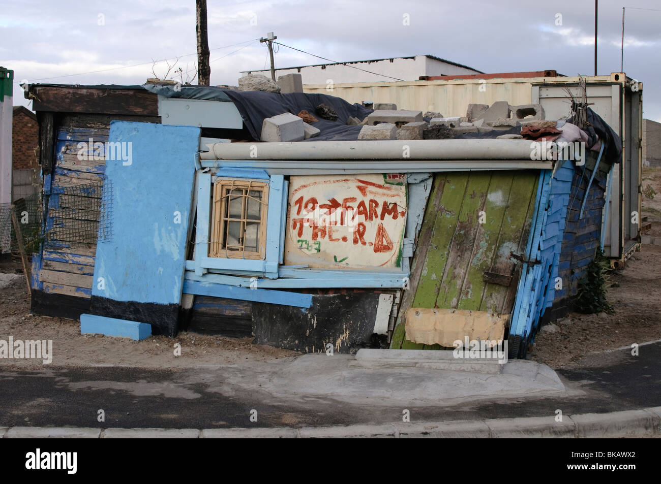 Well painted, but skew shack - Stock Image