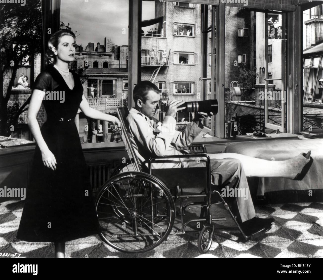 REAR WINDOW (1954) GRACE KELLY, JAMES STEWART RRW 010P - Stock Image