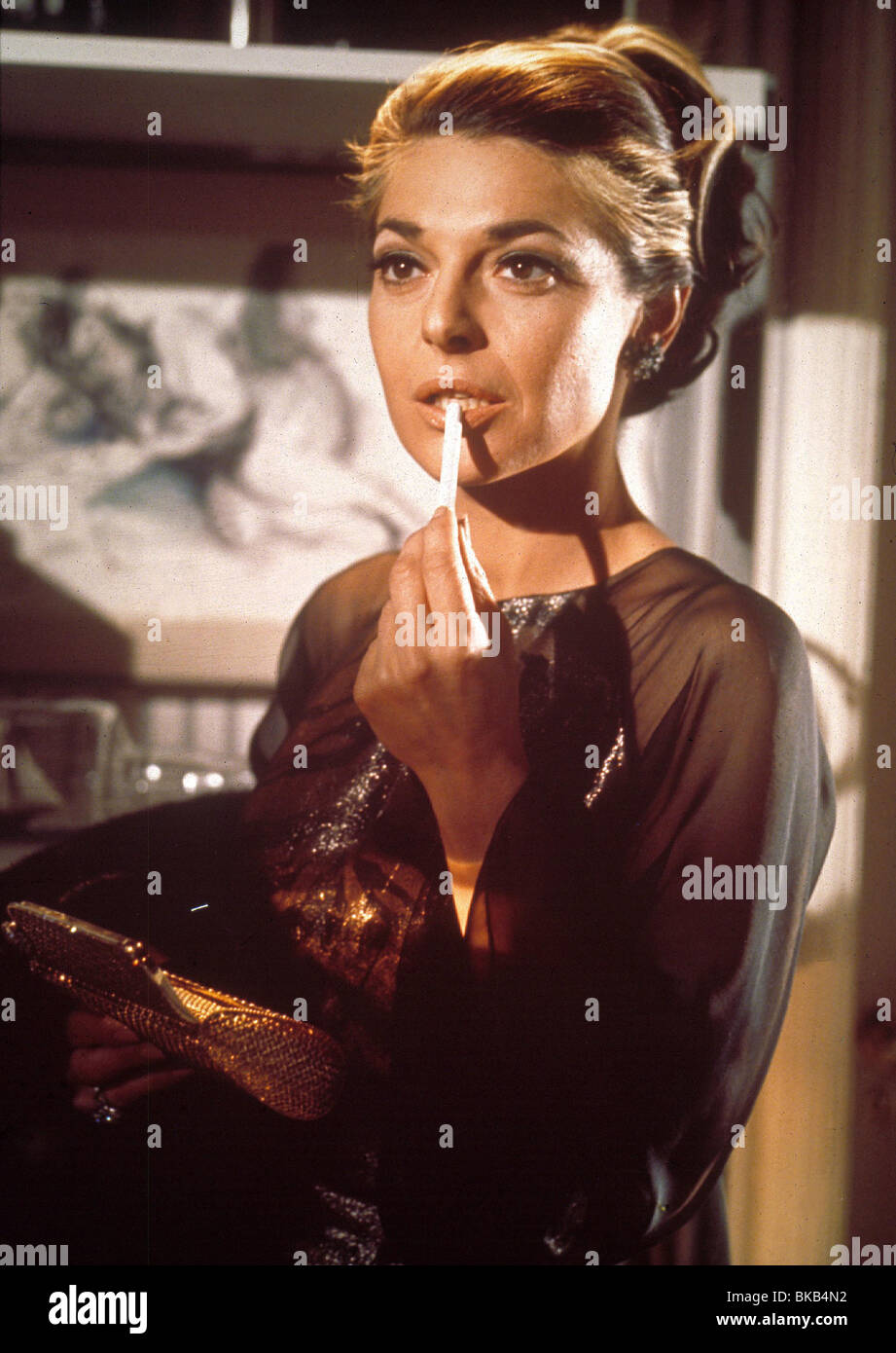 THE GRADUATE (1967) ANNE BANCROFT GRD 041 - Stock Image