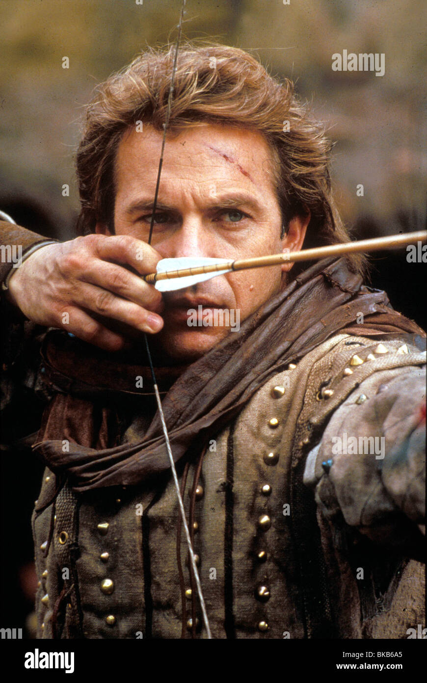 ROBIN HOOD: PRINCE OF THIEVES (1991) KEVIN COSTNER RHP 005 H - Stock Image