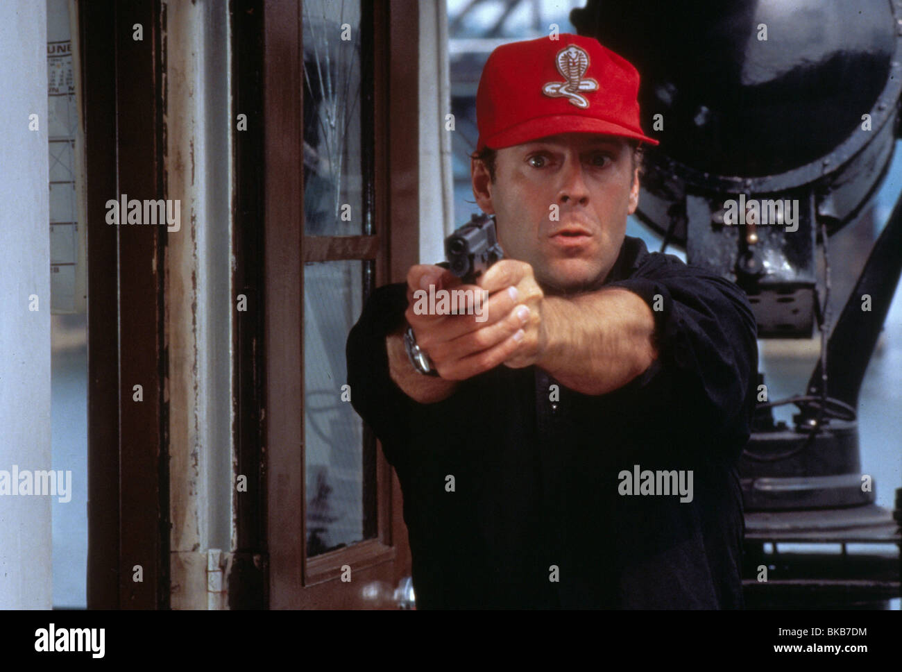 Striking distance Year : 1993 Director : Rowdy Herrington Bruce Willis - Stock Image