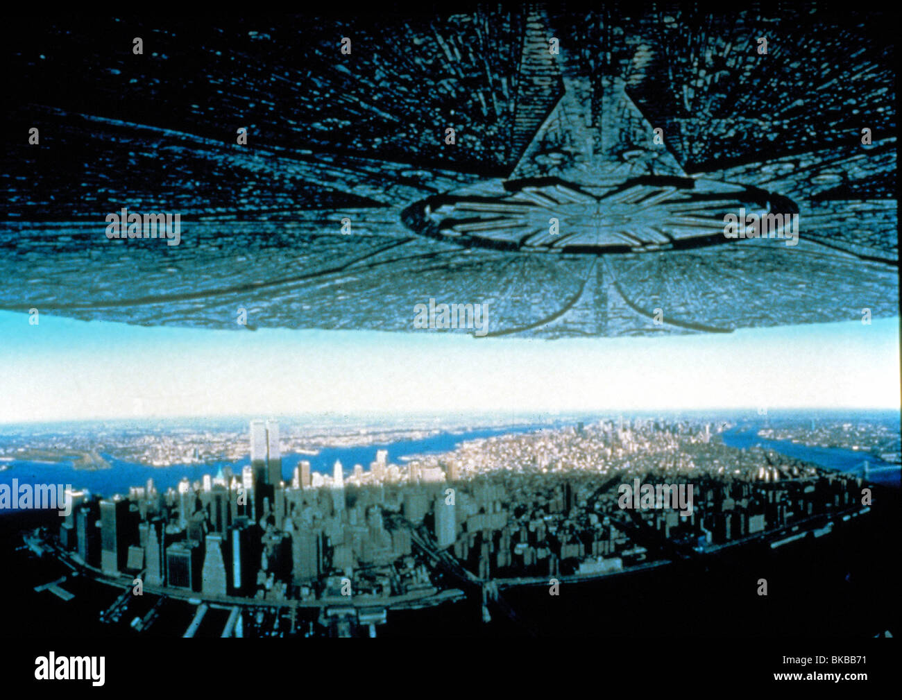 independence day 1996 movie download in english