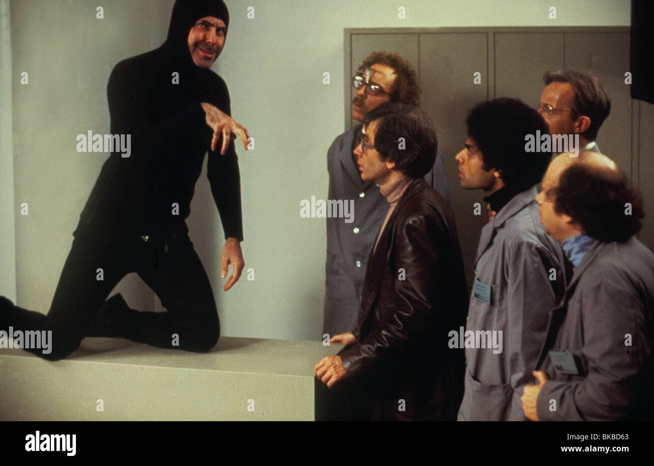 SIMON -1980 ALAN ARKIN - Stock Image