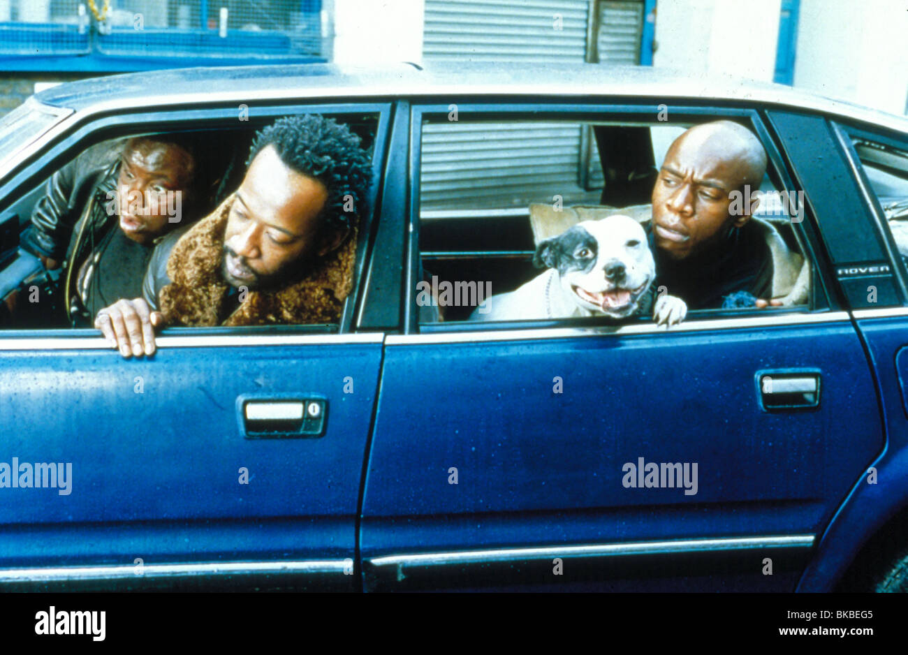 SNATCH (2000) ADE, LENNIE JAMES, ROBBIE GEE SNAT 054 - Stock Image