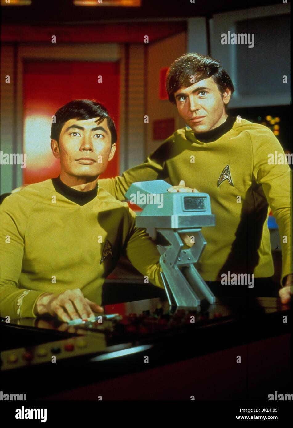 STAR TREK (TV - 1966) GEORGE TAKEI, WALTER KOENIG STK 007 - Stock Image