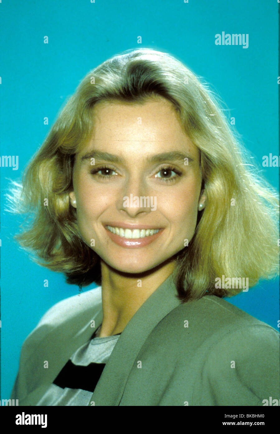 THE LIVING DAYLIGHTS (1987) MARYAM D'ABO CREDIT EON LVD 014 - Stock Image
