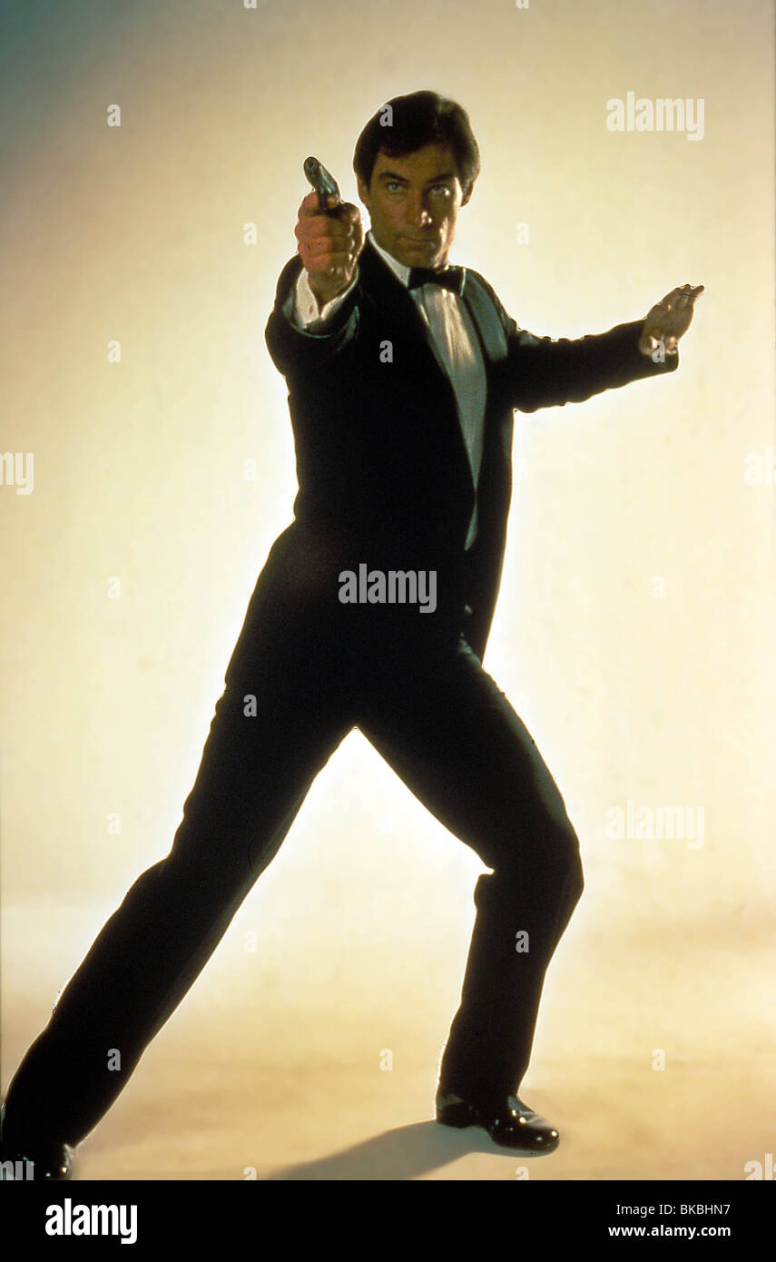 THE LIVING DAYLIGHTS (1987) TIMOTHY DALTON CREDIT EON LVD 083 - Stock Image