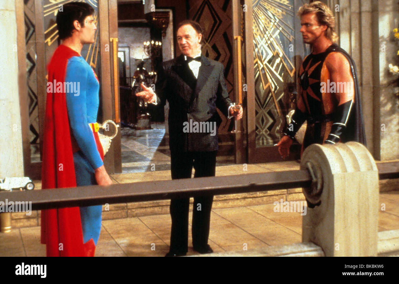 SUPERMAN IV (1987) CHRISTOPHER REEVE, GENE HACKMAN, MARK PILLOW SP4 008 L - Stock Image