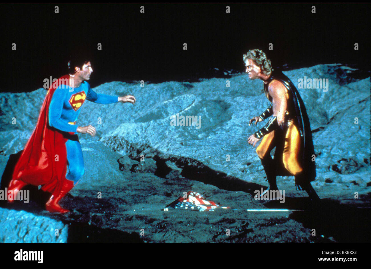 SUPERMAN IV (1987) CHRISTOPHER REEVE, MARK PILLOW SP4 039 - Stock Image