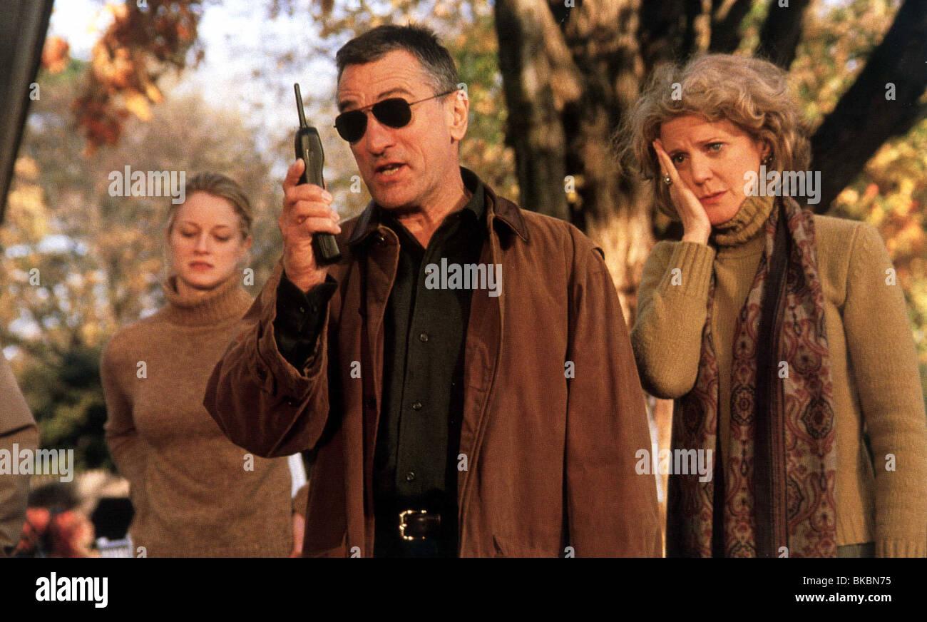 MEET THE PARENTS (2000) TERI POLO, ROBERT DE NIRO, BLYTHE DANNER MEET 009FOH - Stock Image