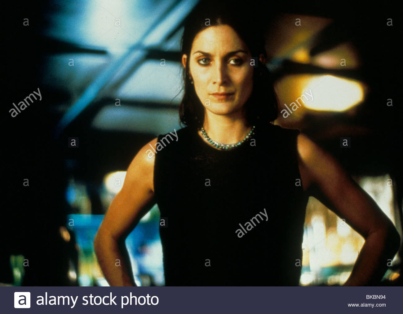 MEMENTO -2000 CARRIE-ANNE MOSS - Stock Image