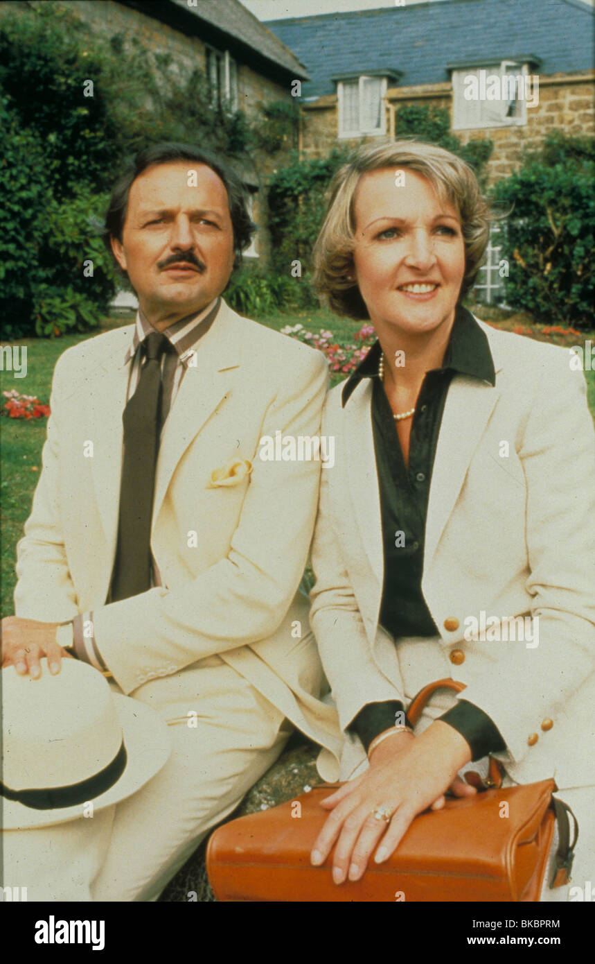 TO THE MANOR BORN (TV) PETER BOWLES, PENELOPE KEITH TMBN 001 - Stock Image