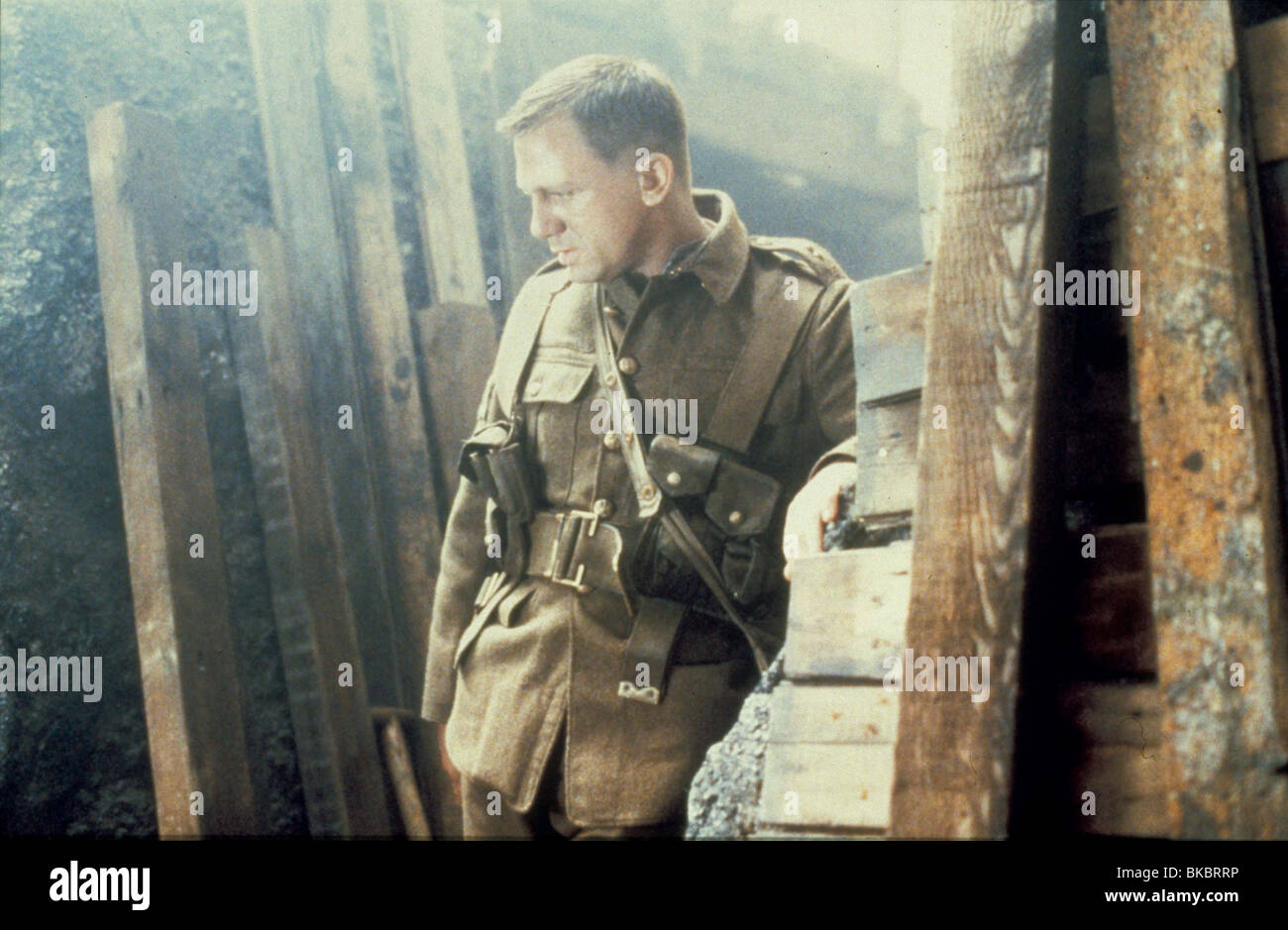 THE TRENCH(1999) DANIEL CRAIG - Stock Image