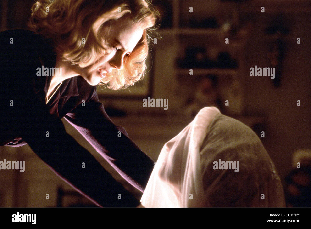 THE OTHERS NICOLE KIDMAN OTHR 001DPK 11 - Stock Image