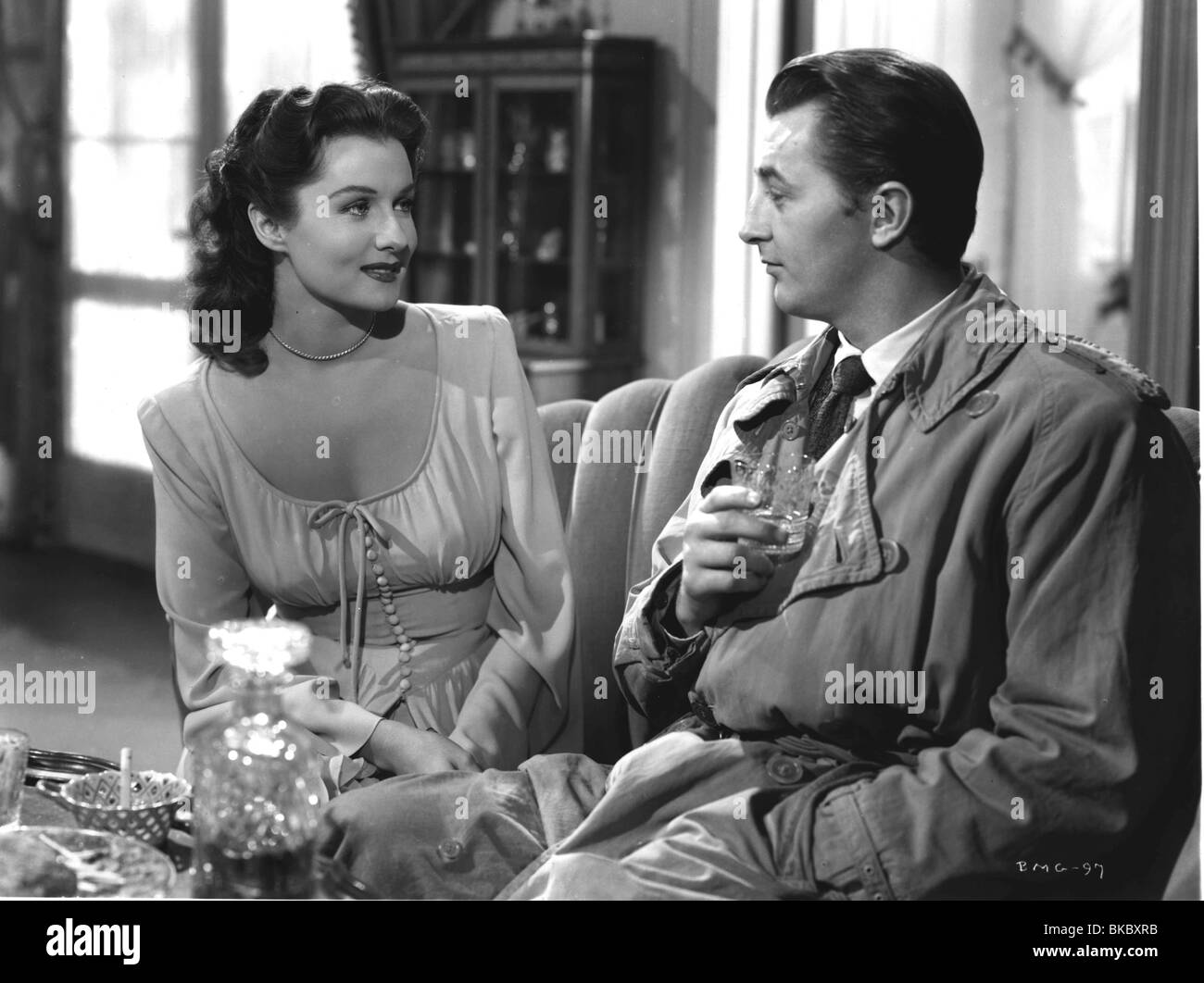 OUT OF THE PAST (1947) BUILD MY GALLOWS HIGH (ALT) RHONDA FLEMING, ROBERT MITCHUM OOTP 004P - Stock Image