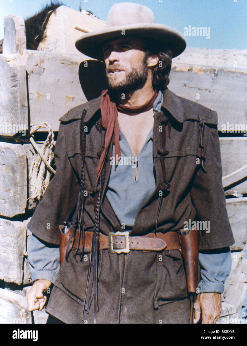 THE OUTLAW JOSEY WALES (1976) CLINT EASTWOOD OJW 005CP Stock Photo ... 7ff1ce21cea
