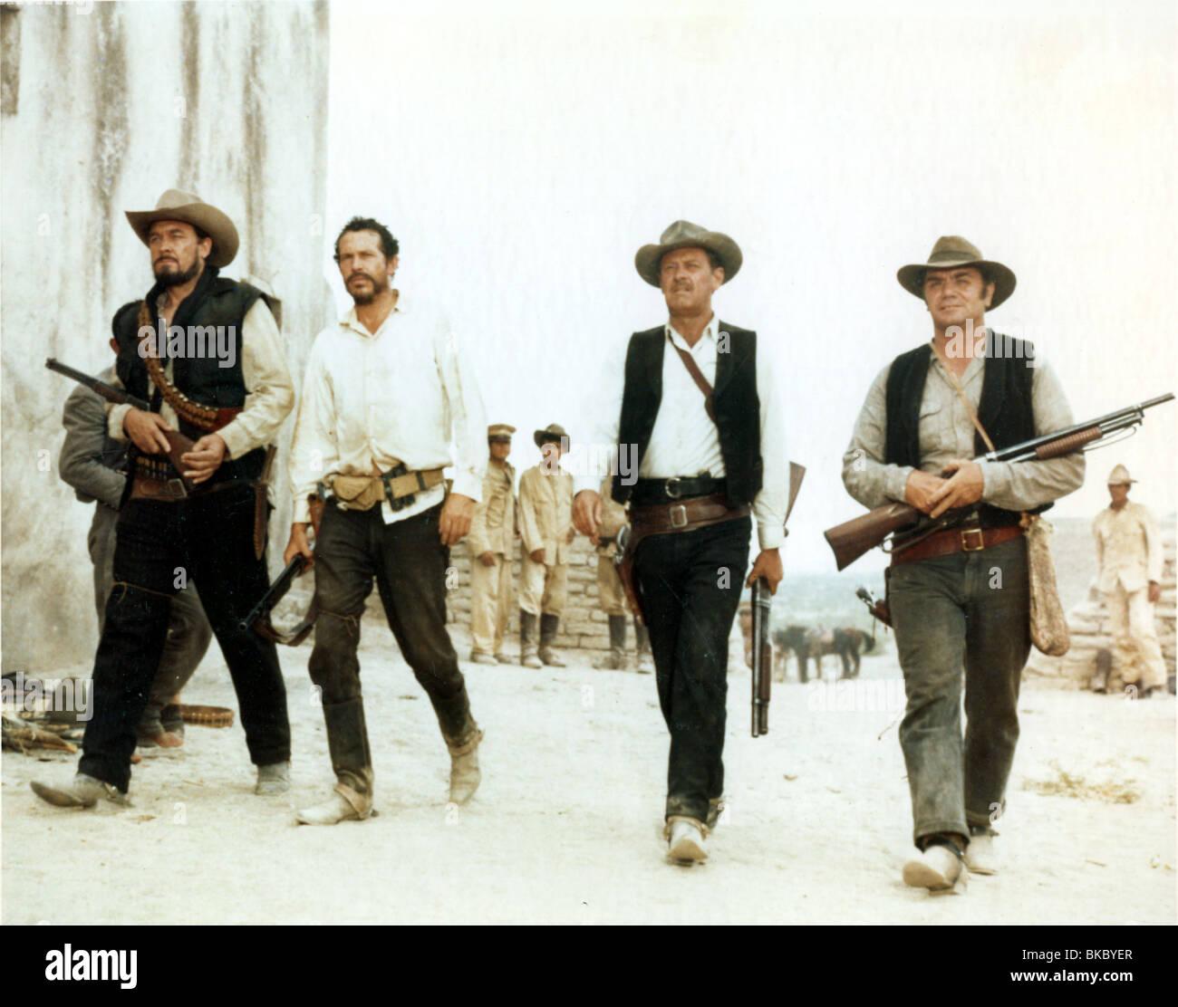 THE WILD BUNCH (1969) BEN JOHNSON, WARREN OATES, WILLIAM HOLDEN, ERNEST BORGNINE TWBU 005 CP - Stock Image