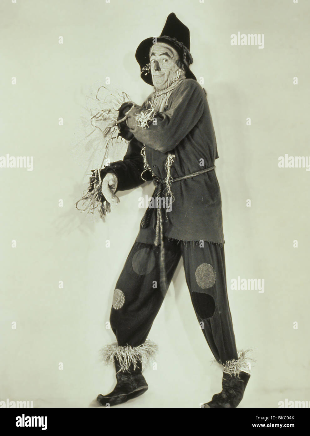 WIZARD OF OZ, THE RAY BOLGER WOZ 105 - Stock Image