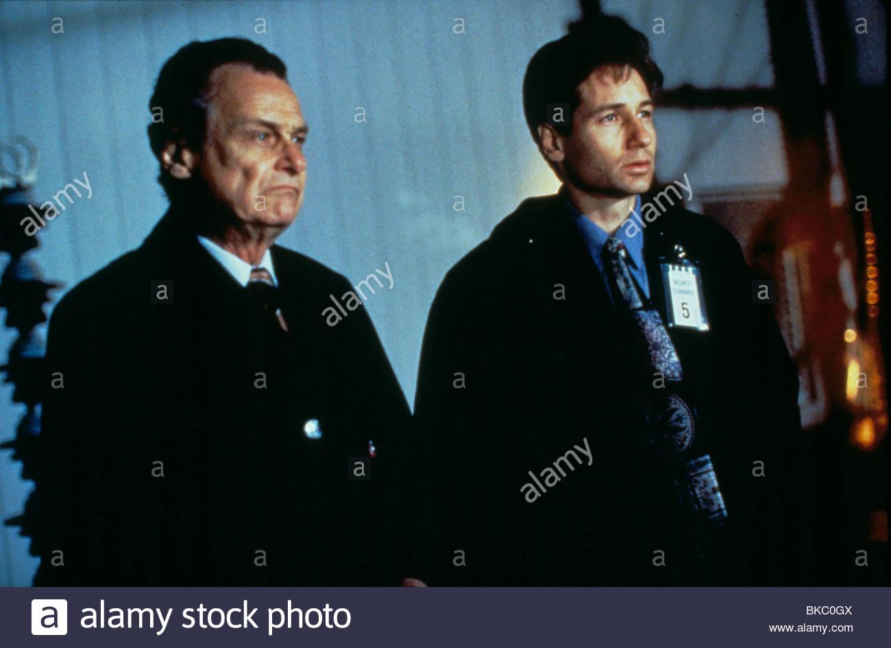 THE X-FILES (TV) JERRY HARDIN, DAVID DUCHOVNY XFIL 029 - Stock Image