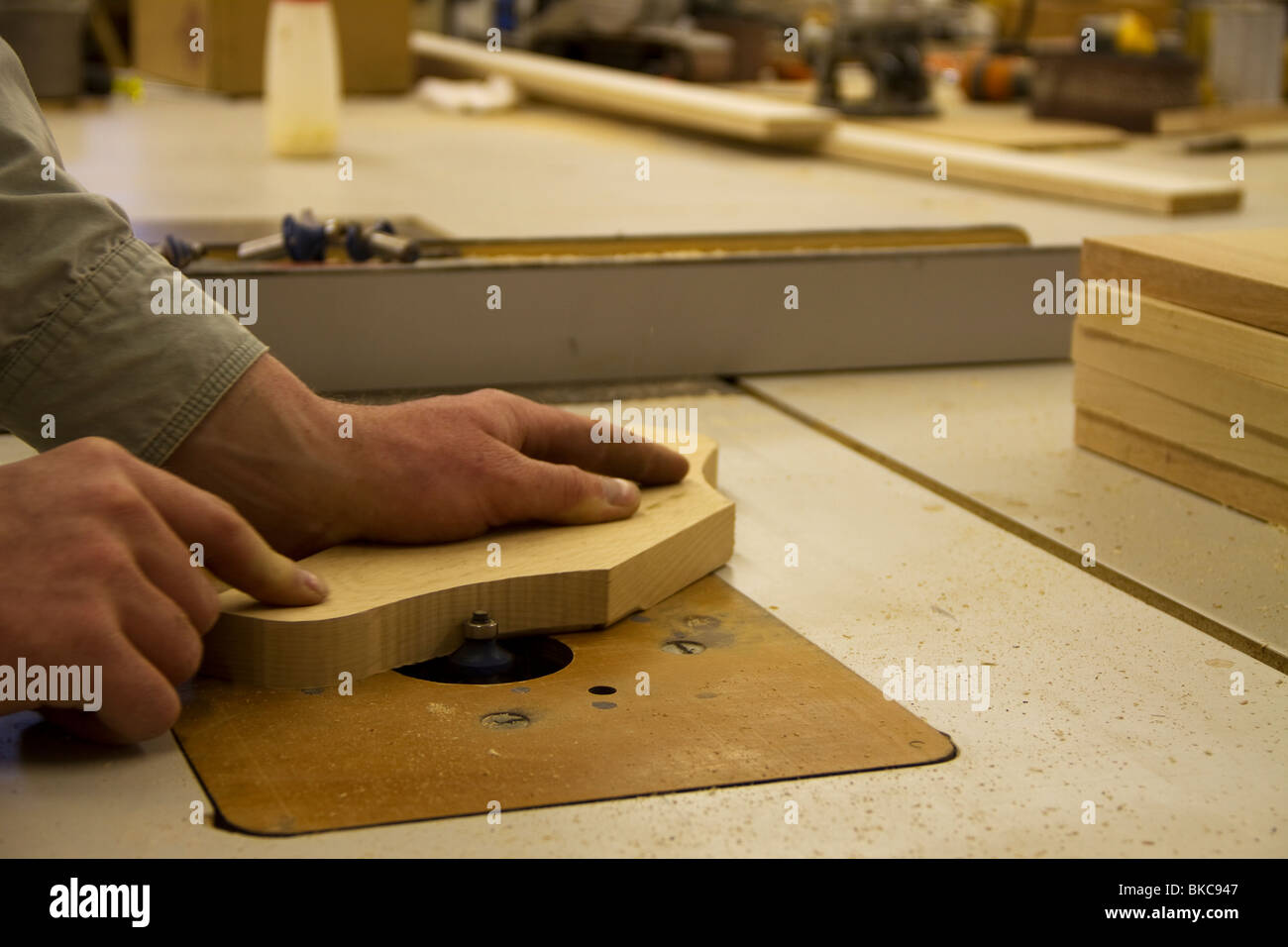 hardwood being routed - Stock Image